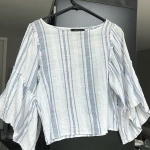 Romeo + Juliet Couture Blue And White Striped Top